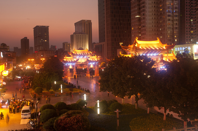 Discover 3 Gay Places in Kunming (昆明)